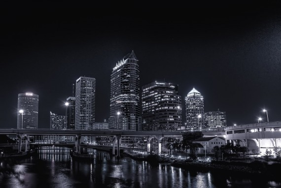 Downtown Tampa at Night – Photowalk